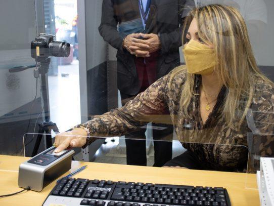 Mitradel renueva firmas electrónicas de autoridades