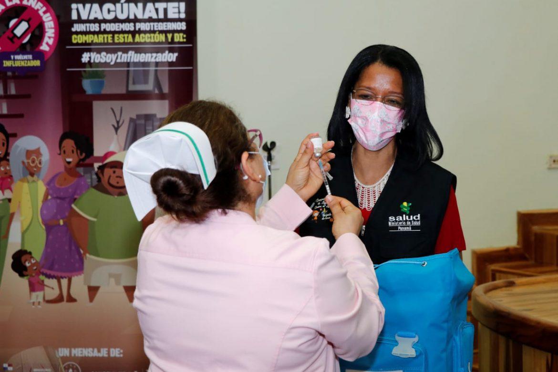 Las 14 regiones de Salud del país ya tienen las vacunas contra la influenza
