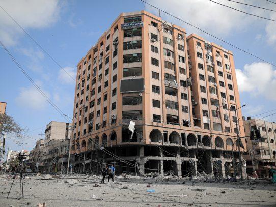 Noche de bombardeos y mañana de temor en Gaza