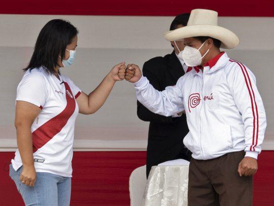 Crisis en Junta Electoral de Perú complica más proclamación de nuevo presidente