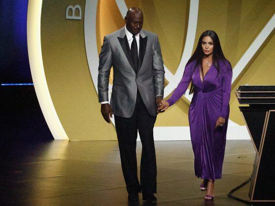 """""""Lo conseguiste"""", le dice Vanessa Bryant a Kobe en su ingreso al Salón de la Fama"""