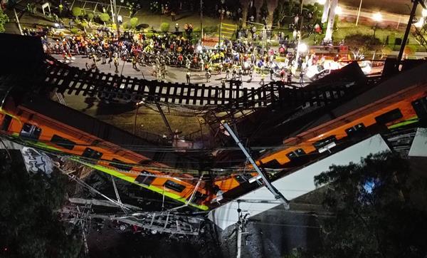 Se elevan a 23 los muertos y 65 los hospitalizados al desplomarse un metro en Ciudad de México