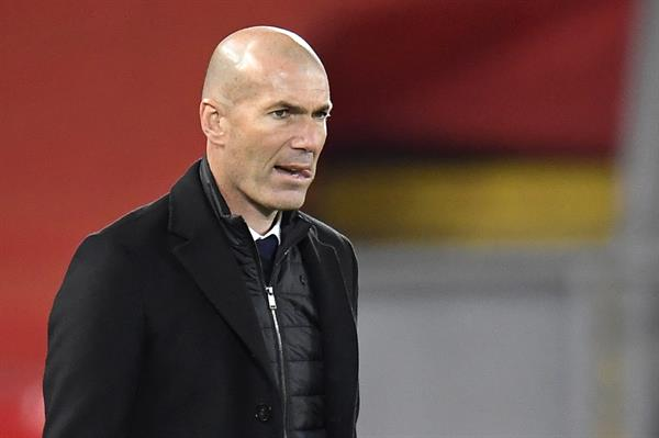 Zidane comunica su deseo de marcharse