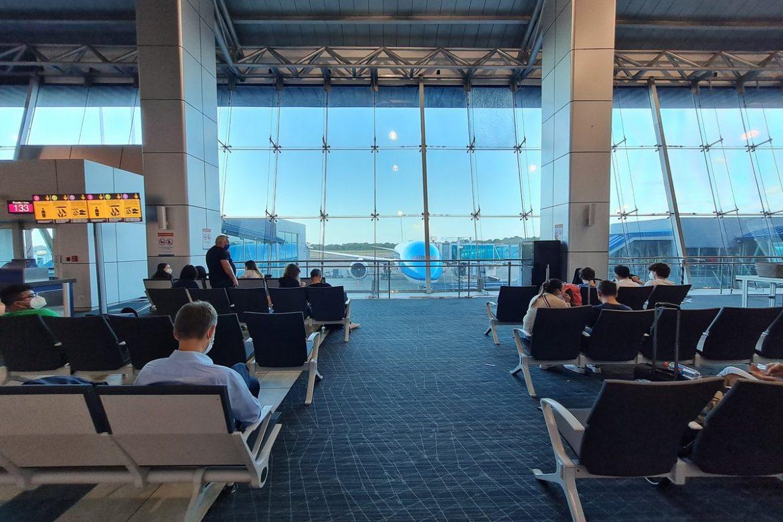 Un herido al desprenderse cielo raso en el aeropuerto de Tocumen