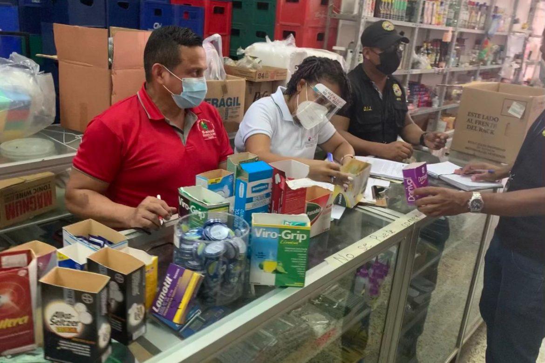 Decomisan medicamentos vencidos en Barrio Chino