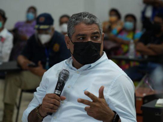 Ministro Sucre analiza situación epidemiológica de Bocas del Toro