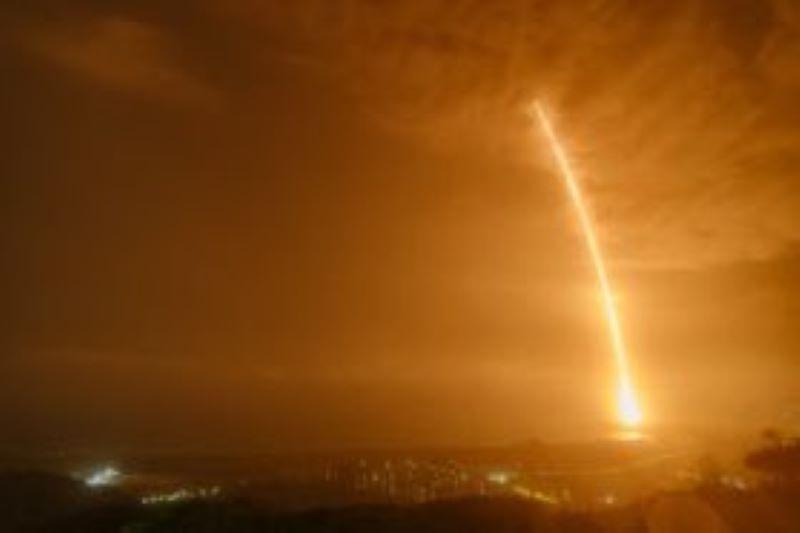China lanza nave de carga con provisiones y equipos para su futura estación espacial