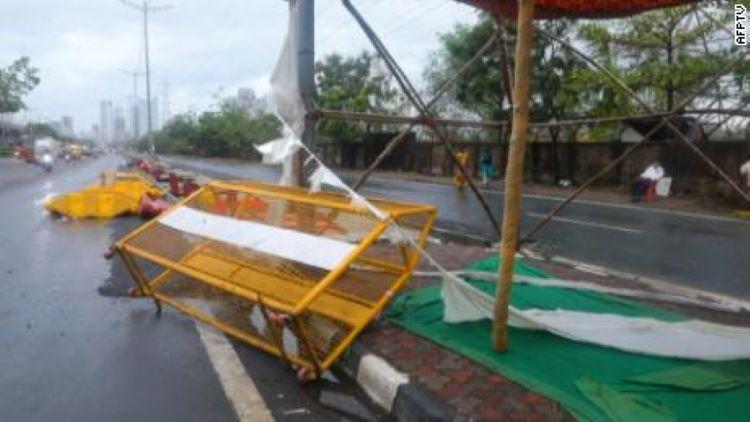 Al menos 33 muertos en India por el ciclón Tauktae, que paraliza vacunación anticovid