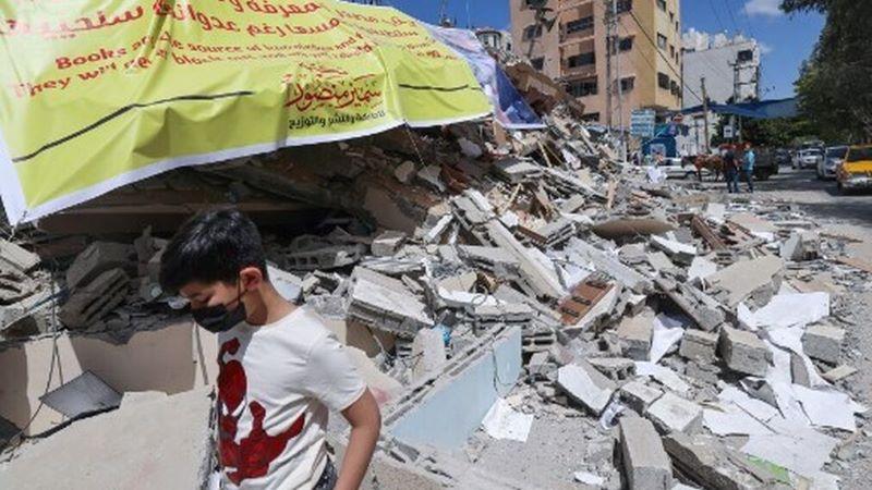 El templo de los libros, reducido a escombros en Gaza