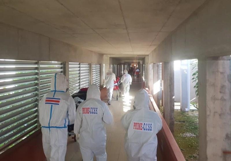 Piden declarar alerta roja en Costa Rica por saturación de servicios de salud