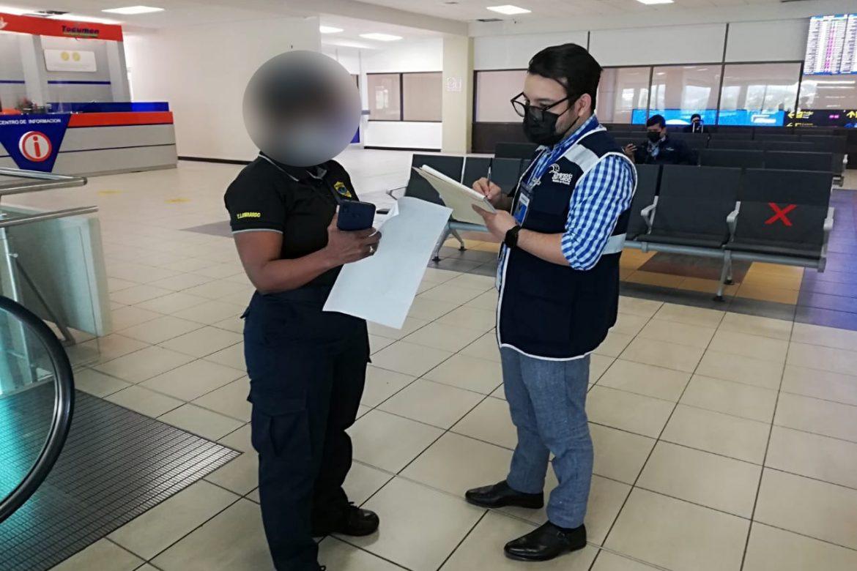 Defensoría atiende situación con viajeros cubanos en Tocumen