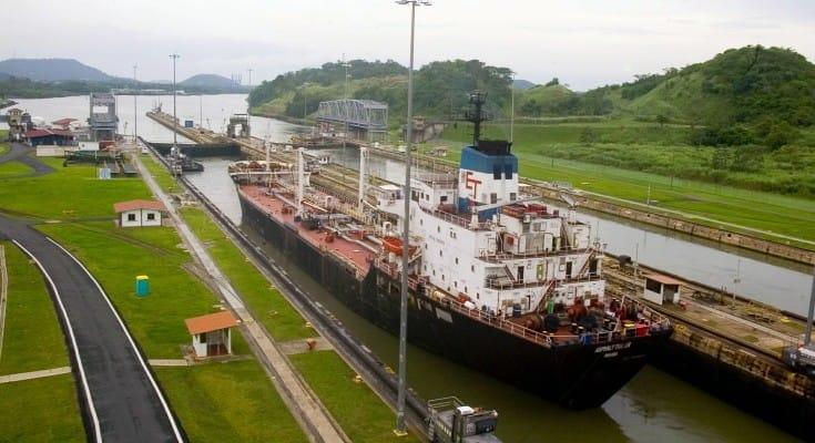 Capitanes de remolcadores advierten a la ACP tras incidente con buque gasero
