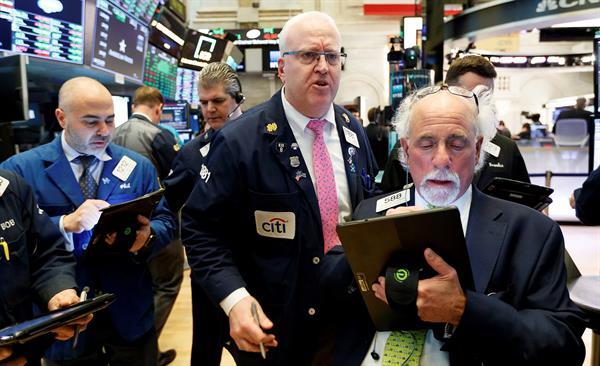 Wall Street cerró en rojo y el Dow Jones cayó 0,07 % pese a los buenos datos laborales