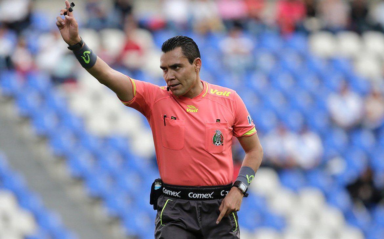 Un salvadoreño y un mexicano, los árbitros que pitarán el Panamá-Curazao