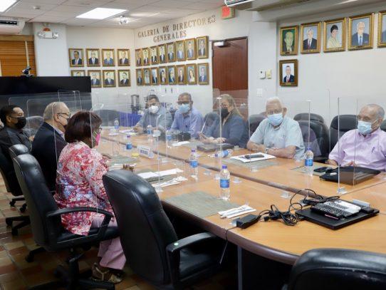 Conato se reúne con Lau Cortés para discutir su retorno al Diálogo Nacional