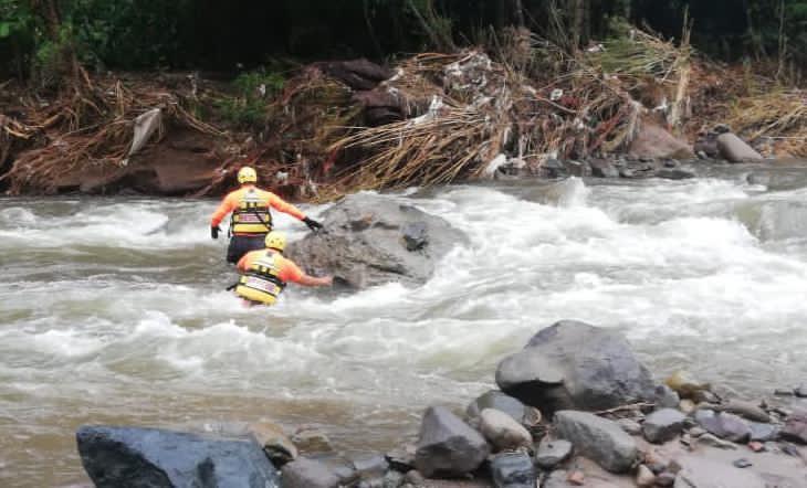 Panameños capacitarán a hondureños en operaciones de rescates acuático en inundaciones