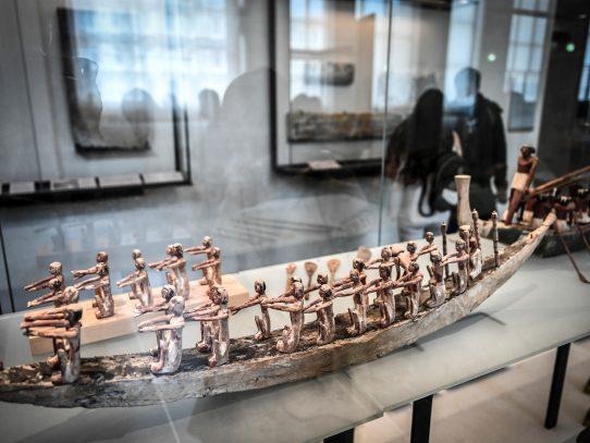La sección egipcia del Louvre exhibe espectacular restauración de capilla de Akhethotep