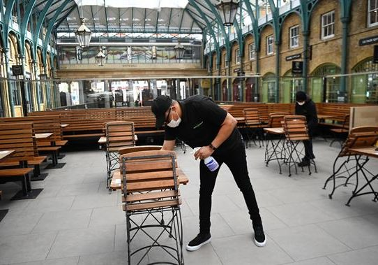 Reino Unido cierra la puerta a los inmigrantes de la UE poco cualificados