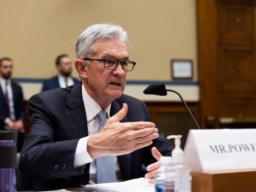 Powell espera mayor creación de empleo y menor inflación de aquí a fin año
