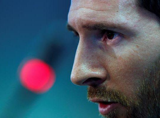 Tras su despedida en Barcelona, Messi se hace de rogar en París