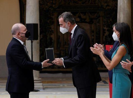 Rubén Blades, la voz del arte latino en la entrega de galardones en España