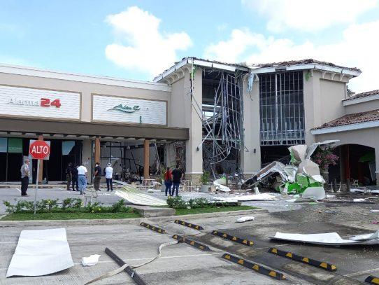 EXPLOSIÓN: ocurrió esta madrugada en locales comerciales de Coronado