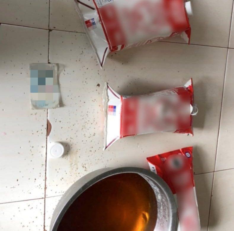 Frustran ingreso de siete envases tetrapack con licor en La Joyita
