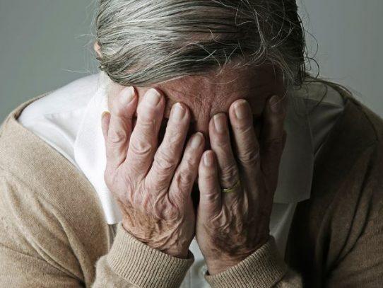 EE.UU aprueba el primer fármaco nuevo para el alzhéimer en casi dos décadas