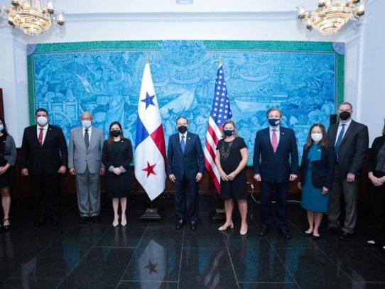 Presidente Cortizo se reúne con viceministra para Asuntos Políticos de EE.UU.