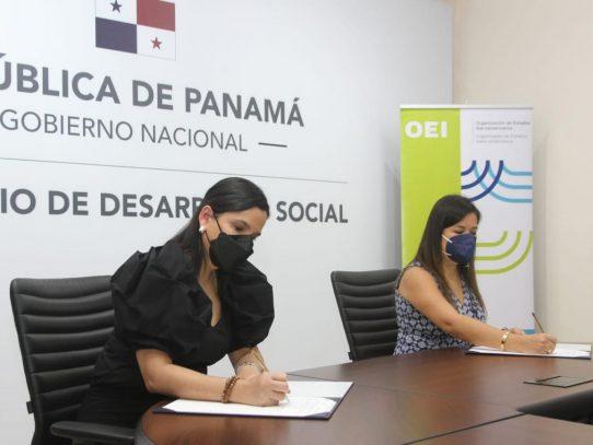 MIDES y OEI firman convenio para impulsar programas educativos y sociales