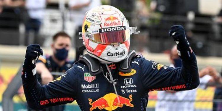 Verstappen vence a Hamilton en GP de Francia, Sergio Pérez tercero
