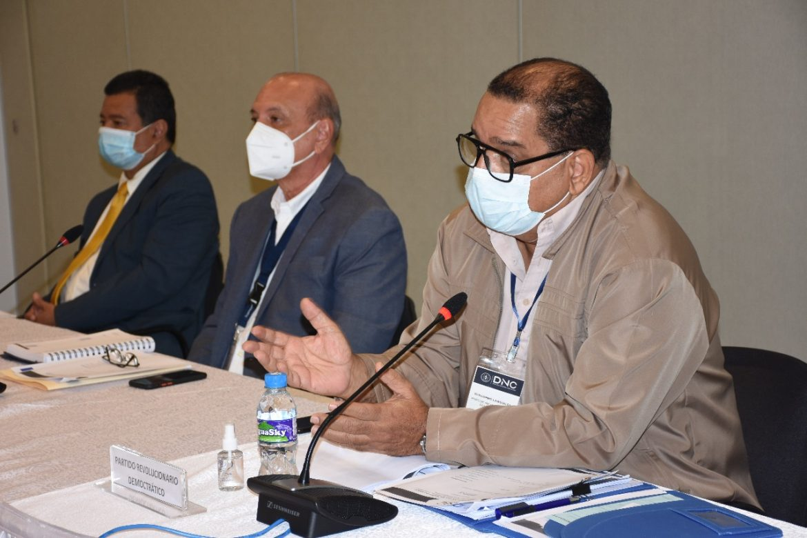 Las cuatro mesas temáticas del Diálogo Nacional comenzaron los análisis de propuestas