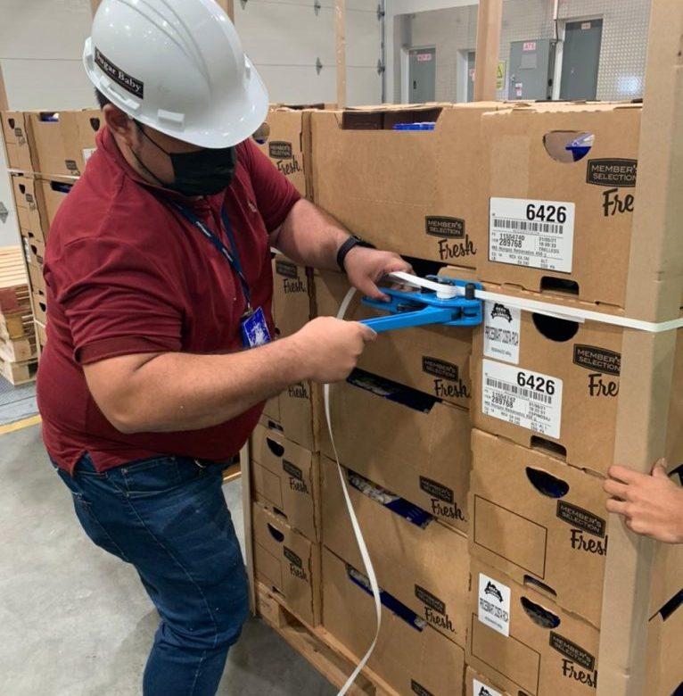 Panamá envía contenedor con tomates y pimentones a Costa Rica
