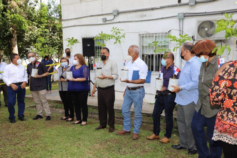 Cuarentena agropecuaria celebra 24 años velando por la salud de los panameños