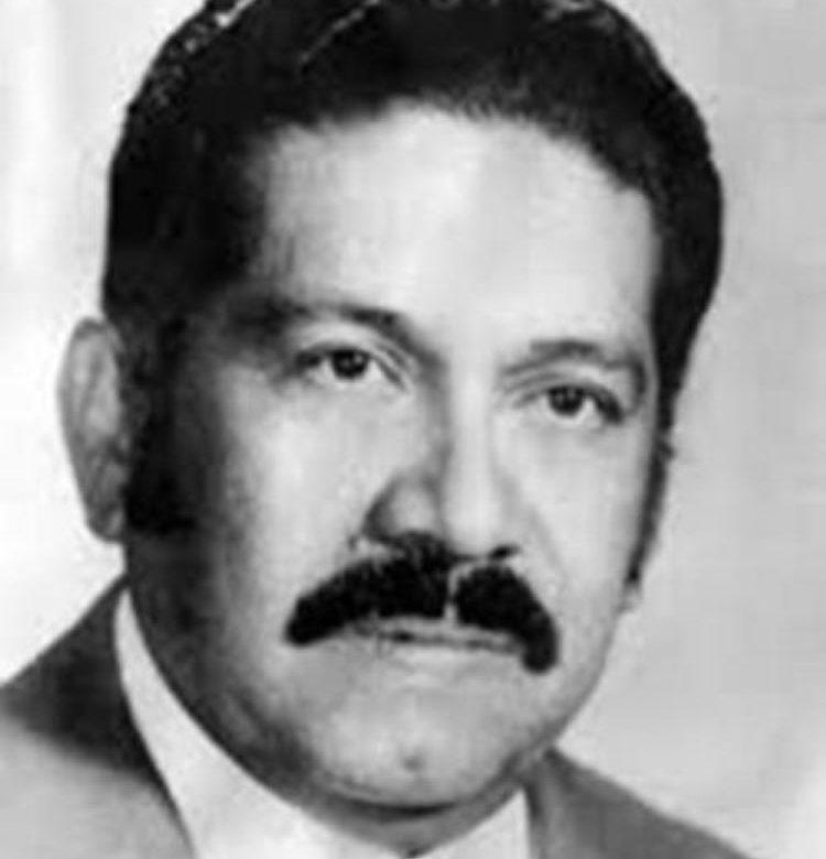 Muere expresidente acusado de iniciar la represión en El Salvador