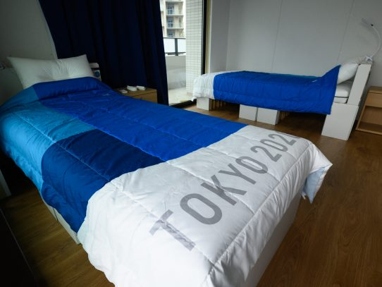 Las camas de cartón de Tokio-2020 triunfan en redes sociales
