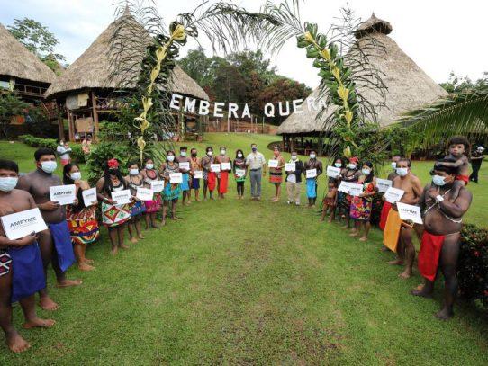 Ampyme entrega capital semilla a emprendedores indígenas