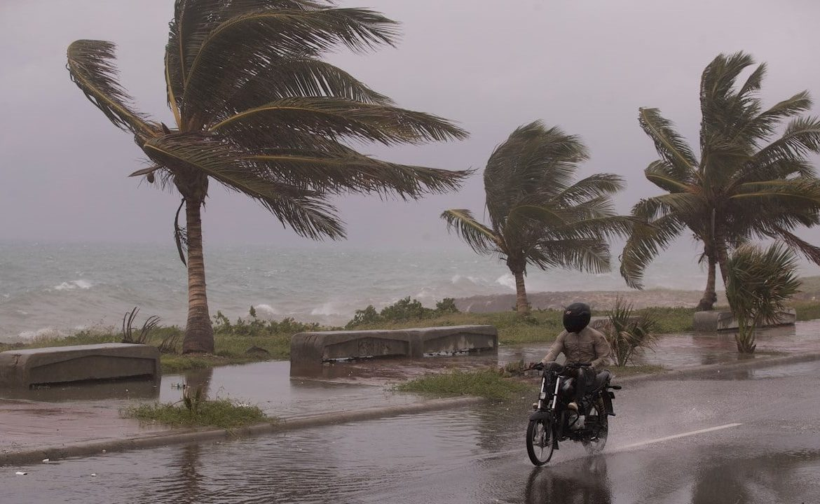 Huracán Grace se acerca a las costas del Caribe mexicano