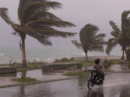 Tormenta Elsa azota a Cuba tras dejar al menos tres muertos en el Caribe