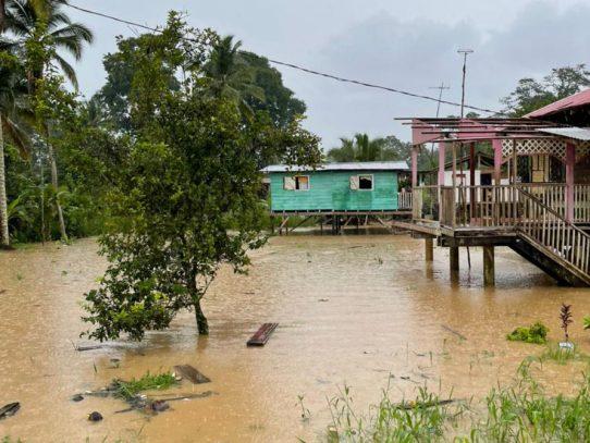 Reportan desbordamiento de ríos y quebradas en Bocas del Toro
