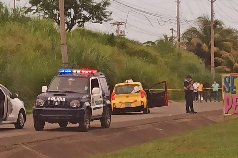 Sicarios acribillan a tres hombres en Felipillo