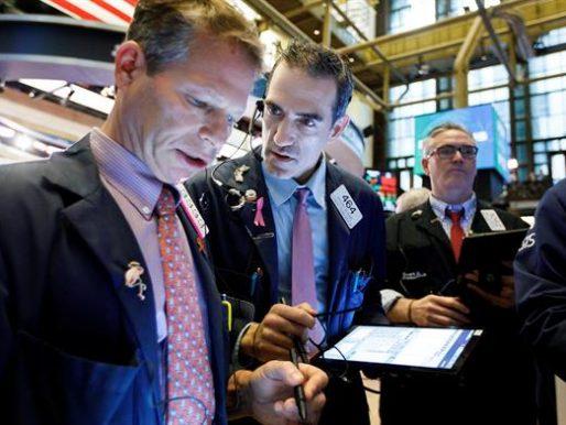 Wall Street cerró en rojo y el Dow Jones bajó 0,24 %, pendiente de las tecnológicas