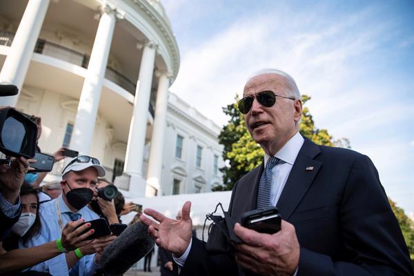 Biden acude a los gobiernos locales ante inminente fin de moratoria a los desalojos