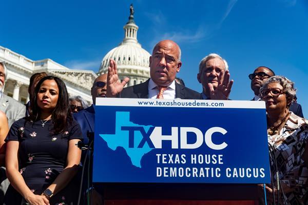 Demócratas fugados de Texas exigen una reforma electoral al Congreso de EE.UU.