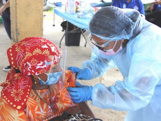 Comenzó vacunación con AstraZeneca en Guna Yala