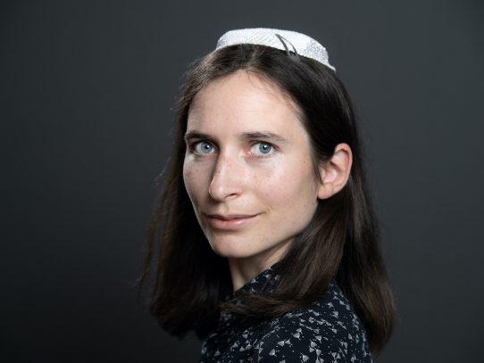 Iris Ferreira, primera mujer en ser ordenada rabina en Francia