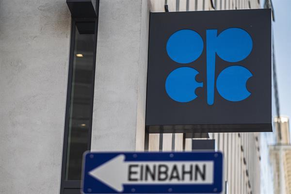 La OPEP y sus aliados se reunirán mañana domingo para buscar acuerdo sobre producción
