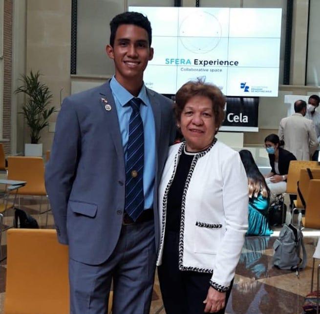 Panameño ganó en España Competencia Internacional de Emprendimiento Social