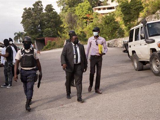 El FBI recoge pruebas en la residencia del presidente Moise
