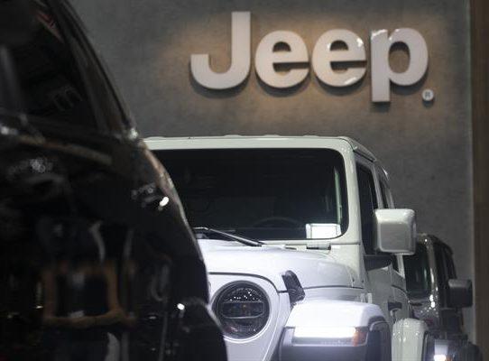 Consejero delegado de Jeep cree que la escasez de chips durará hasta 12 meses